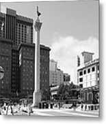 San Francisco - Union Square - 5d17933 - Black And White Metal Print by Wingsdomain Art and Photography