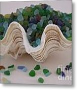 Sea Glass In Clam Shell - No 1 Metal Print