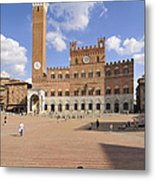 Siena Italy - Piazza Del Campo With Palazzo Pubblico Metal Print