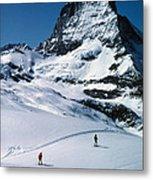 Skiers At The Matterhorn Metal Print