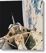 Space Shuttle Columbia Metal Print