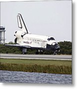 Space Shuttle Discovery On The Runway Metal Print
