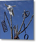 Steer Skull In Tree Metal Print by Garry Gay