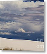 Storm's Contrast With White Sand Metal Print