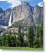 The Grandeur Of Yosemite Falls Metal Print