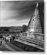 The Star Pyramid Near Valley Cemetery Stirling Scotland Uk Metal Print