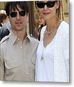 Tom Cruise Wearing Ray-ban Sunglasses Metal Print by Everett