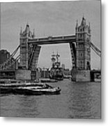 Tower Bridge And The Endeavor Metal Print