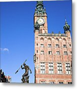 Town Hall And Neptune Fountain In Gdansk Metal Print