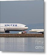 United Airlines Jet Airplane At San Francisco International Airport Sfo . 7d12081 Metal Print