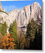 Upper Yosemite Falls In Autumn Metal Print