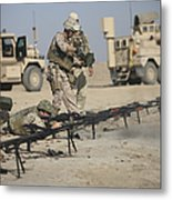 U.s. Soldiers Prepare To Fire Weapons Metal Print by Terry Moore