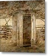 Vintage Looking Old Outhouse In The Great Smokey Mountains Metal Print