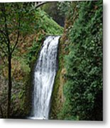 Well Placed Waterfall Metal Print