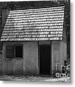Wormsloe Cottage In Black And White Metal Print