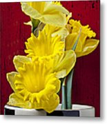 Yellow Daffodils In Checkered Vase Metal Print