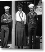 Navy Recruiting Personnel 19171918 Black White Metal Print