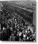 People Greeting Troop Train 19171918 Black White Metal Print