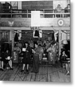 Uso Show May 5 1944 Black White 1940s Archive Metal Print