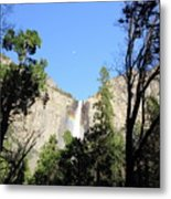 Bridal Falls Rainbow Metal Print