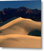 Mesquite Sand Dunes In Death Valley National Park At Sunrise Metal Print