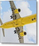 Passenger Jet Coming In For Landing  Metal Print