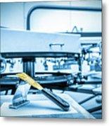 Print Screening Metal Machine. Metal Print