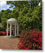 The Old Well At Chapel Hill Metal Print