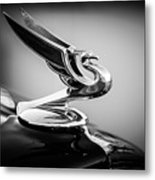 1935 Chevrolet Sedan Hood Ornament -0116bw Metal Print