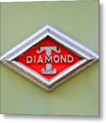 1948 Diamond T Emblem -ck0879c Metal Print