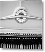 1957 Pontiac Safari Emblem -0737bw Metal Print