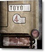 1978 Toyota Land Cruiser Fj40 Taillight Emblem -1191ac Metal Print