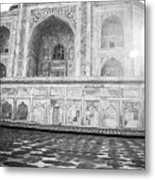 Monochrome Taj Mahal - Sunrise Metal Print