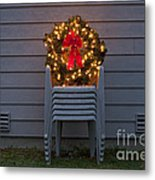 Christmas Wreath On Lawn Chairs Metal Print