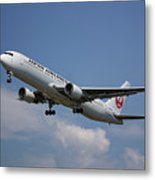 Japan Airlines Boeing 767-346 Metal Print