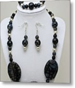 3548 Cracked Agate Necklace Bracelet And Earrings Set Metal Print