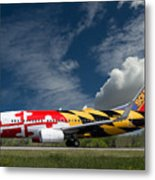 737 Maryland On Take-off Roll Metal Print