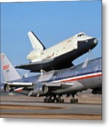 747 Takes Off With Space Shuttle Enterprise For Alt-4 Metal Print
