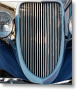 A Grille With A Smile Metal Print