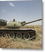 A Russian T-62 Main Battle Tank Rests Metal Print