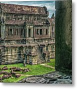 A View To Thrill Metal Print