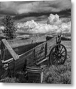 Abandoned Broken Down Frontier Wagon In Black And White Metal Print