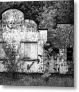 Abandoned Roadside Shops On Rural Road In County Fermanagh Northern Ireland Uk Metal Print