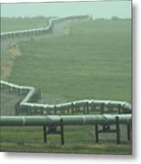 Alaska Pipeline Snakes Its Way Metal Print