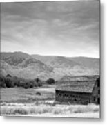 An Old Barn Metal Print