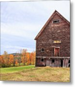 An Old Wooden Barn In Vermont. Metal Print