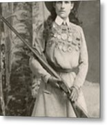 Annie Oakley With A Rifle, 1899 Metal Print