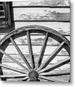 Antique Wagon Wheel In Black And White Metal Print