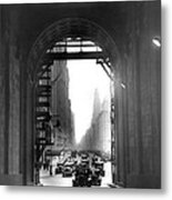 Arch At Grand Central Station Metal Print