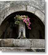 Arched Fountain Metal Print